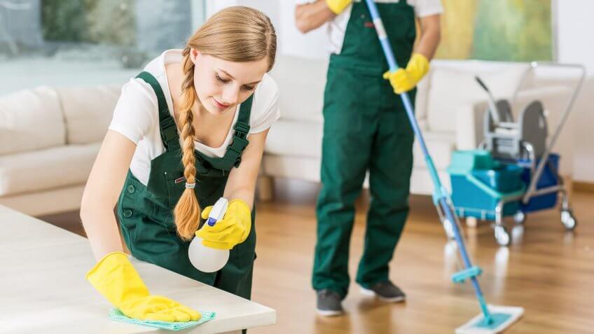 Rüyada Ölmüş Birinin Evini Temizlemek Süpürmek